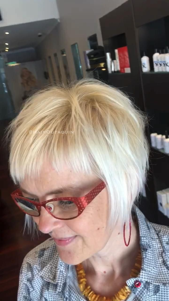 81 Beautiful Short Hairstyles for Women Over 60 (Updated 2021) deb53a6aceb688e04163fd345f7ec085