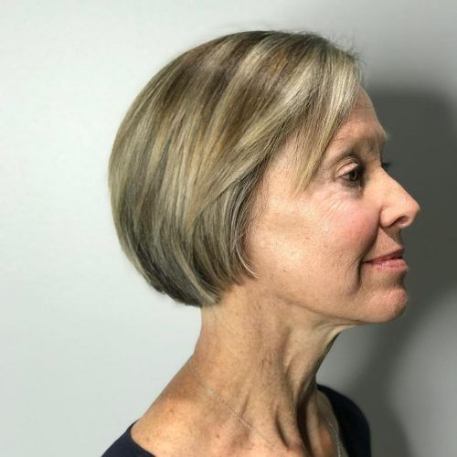 81 Beautiful Short Hairstyles for Women Over 60 (Updated 2021)
