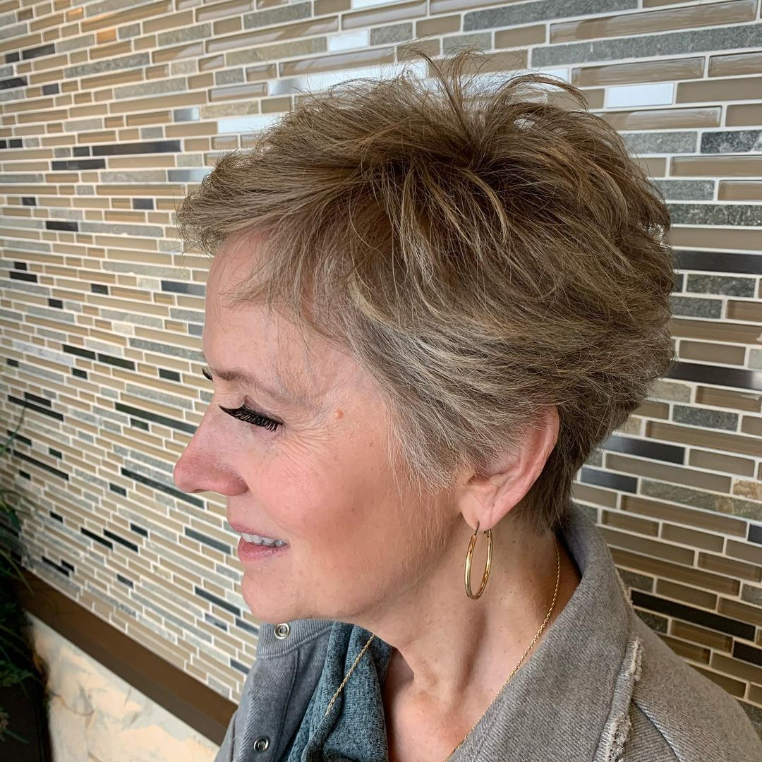 65 Pixie Haircuts for Women Over 60 (Updated 2021) 12a3e16a7f32f395926b8a1ee7fc6398