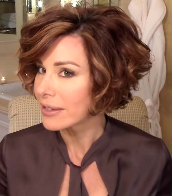 Short hairstyles for over 50 women with thick hair