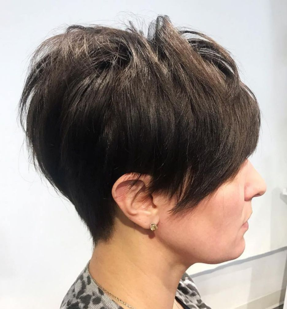 65 Pixie Haircuts for Women Over 60 (Updated 2021) d67006aab87e8b88739f615fdffd41ed