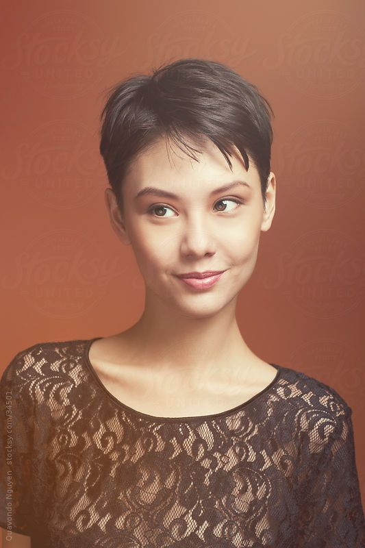 26 Gorgeous Short Hairstyles of Asian Women (Updated 2021) 0823adcb3bb02aa33ab6520bfabb430b