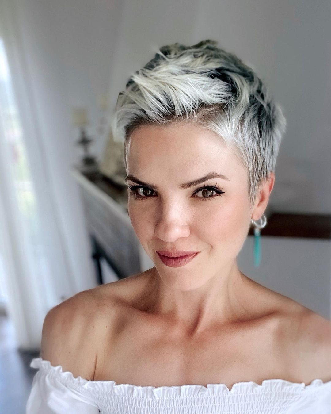 100 Short Haircut Styles for Over 60 Women in 2021 08f55b4bfc2f5989deb494443b222c9e
