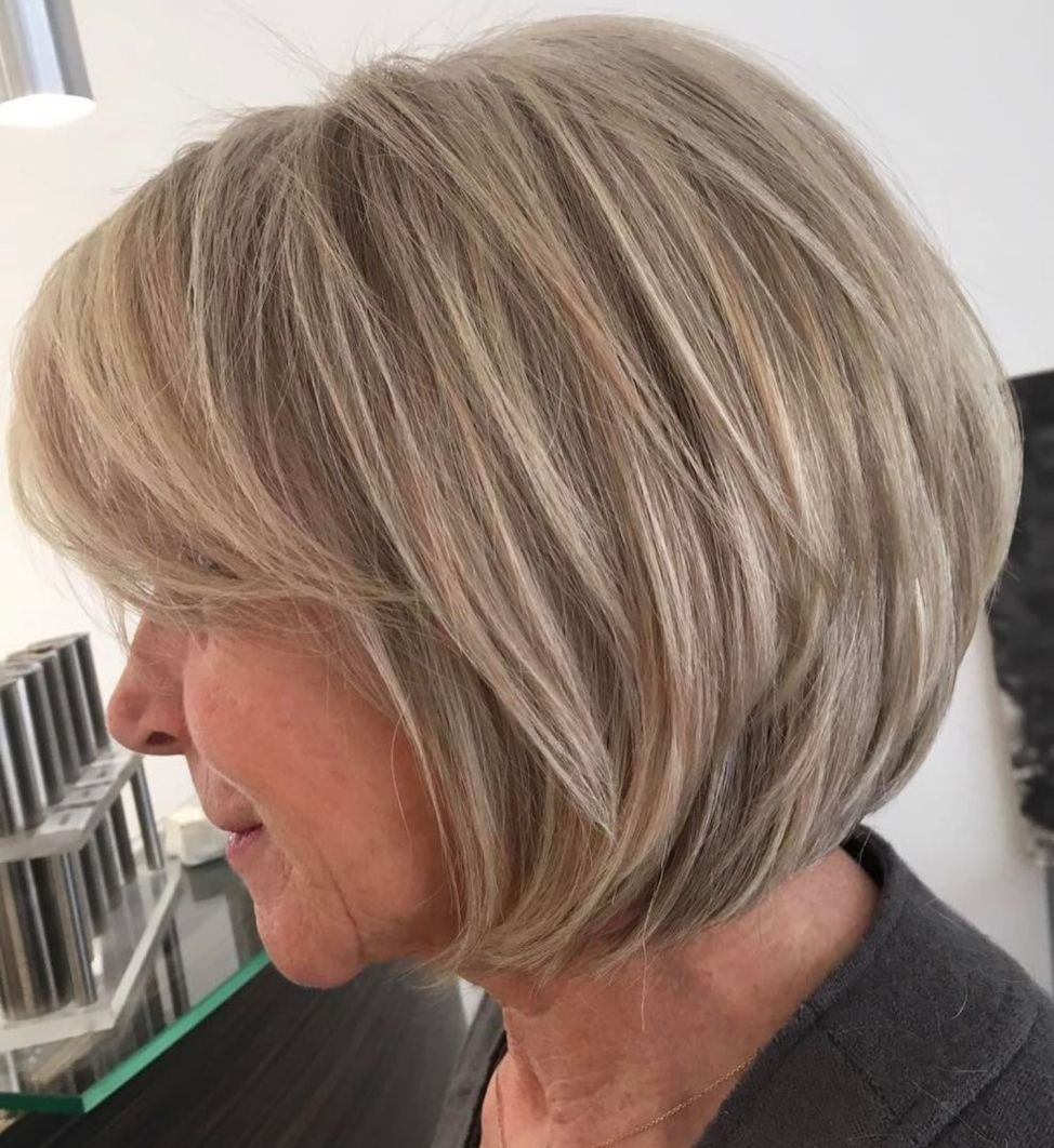 40 Pretty Short Hairstyles for Women Over 50 with Thin Hair (Update 2021) 124dcbbda874bc8bd79220028aa267e5