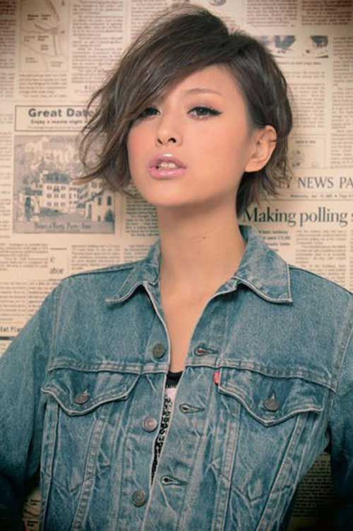 26 Gorgeous Short Hairstyles of Asian Women (Updated 2021) 18b3e6012b3a349bfeb0767cfda88142