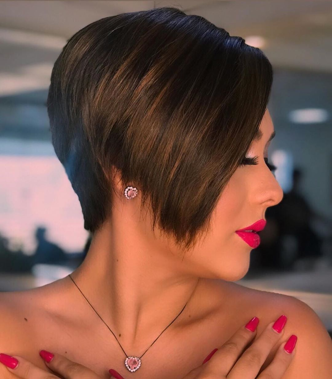 100 Short Haircut Styles for Over 60 Women in 2021 1d72722c6be230f9918e84f81cc312f8