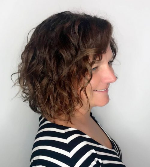 11 Types of Short Wavy Hairstyles for Women Over 50 (Updated 2021) 1fe6207f6ae3034c600868af36b9dcb6