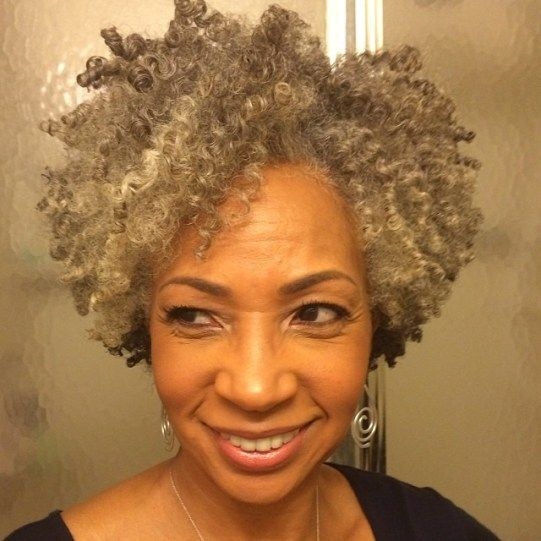 20 Easy Short Hairstyles for Older Women with Natural Hair (Updated 2021) 2e9ff93c2b6b3889017ee4a17b4b324e