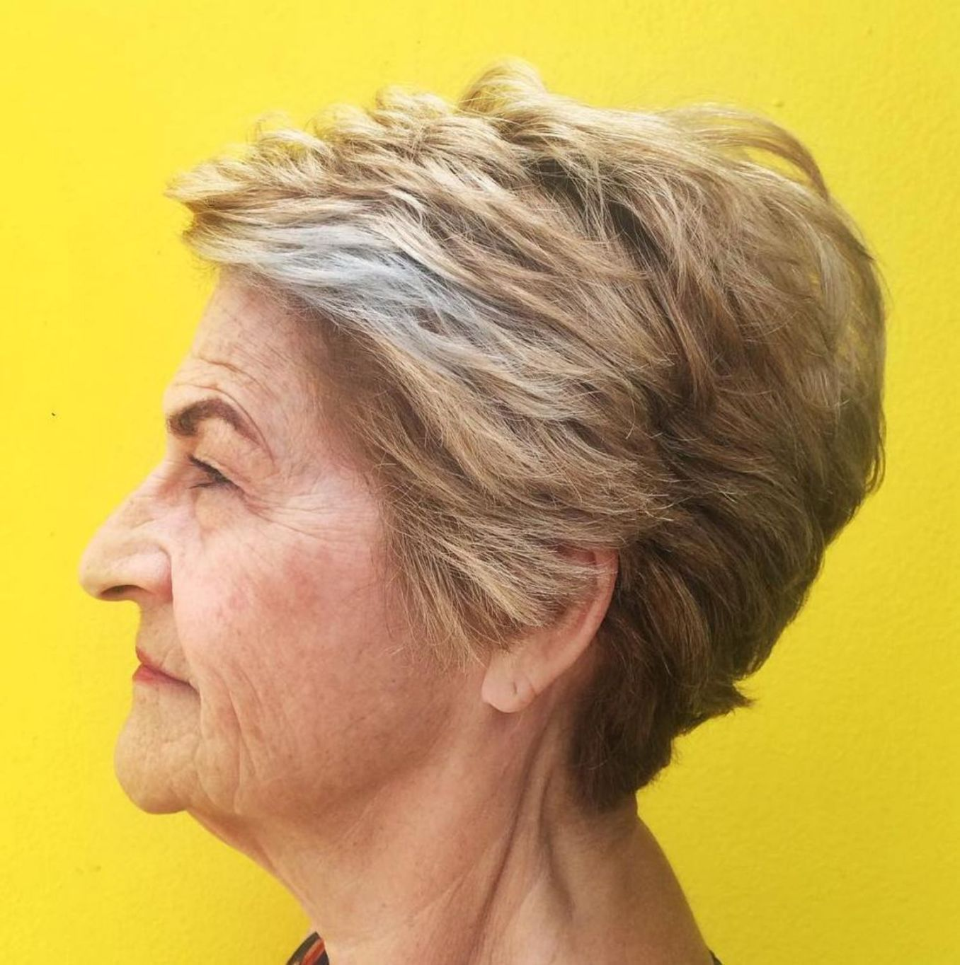 11 Types of Short Wavy Hairstyles for Women Over 50 (Updated 2021) 488e525cfc43d6f5885f84383828ea8a