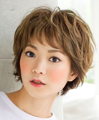 26 Gorgeous Short Hairstyles of Asian Women (Updated 2021) 522cf2e691cd9412330aa63cf8145fbe