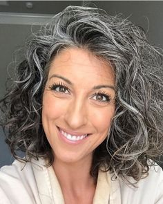 53 Awesome Short Layered Haircuts for Older Women (Updated 2021) 59a8e532dcd0efb33058bece159050ba
