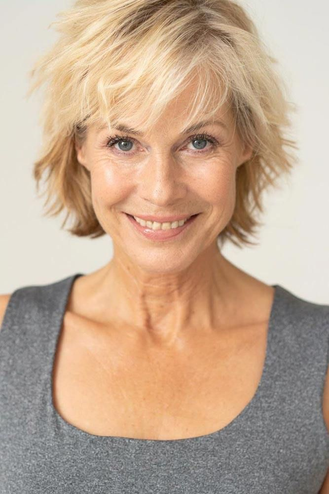 40 Pretty Short Hairstyles for Women Over 50 with Thin Hair (Update 2021) 5ec6cb5479d837175454431a869ae7fe