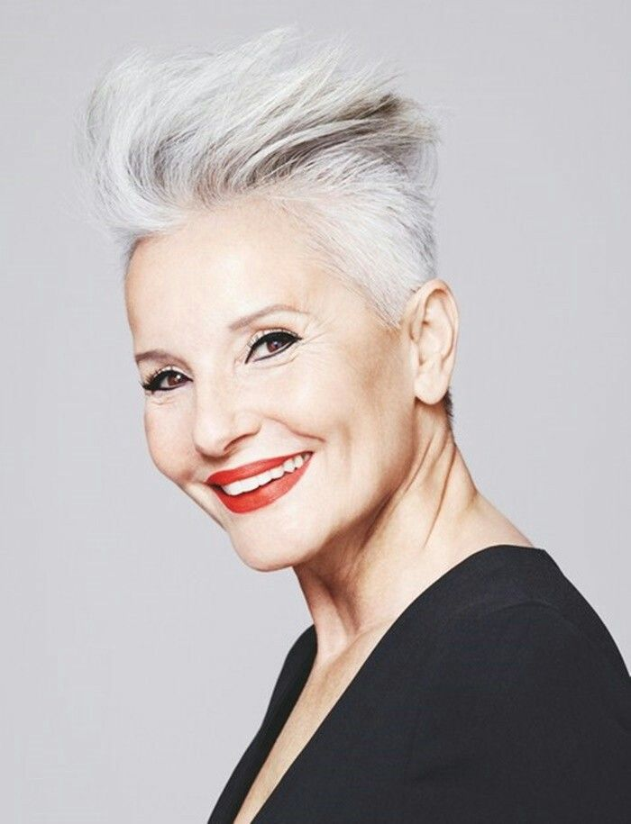 40 Professional Short Haircuts for Women Over 60 (Updated 2021) 705d73f469848c45379a5df0bf393a91
