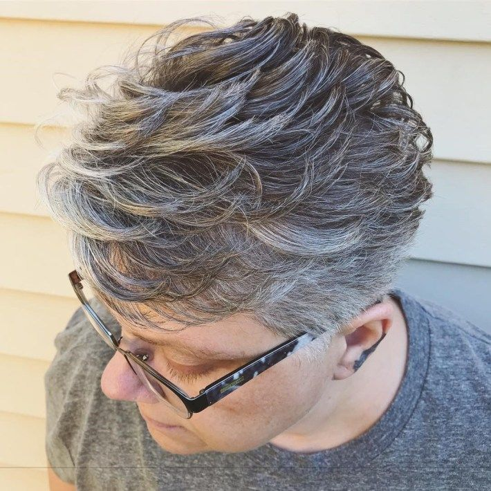 100 Short Haircut Styles for Over 60 Women in 2021 7345e0fe0ce78d0c9a44c1a21c2ee7ed