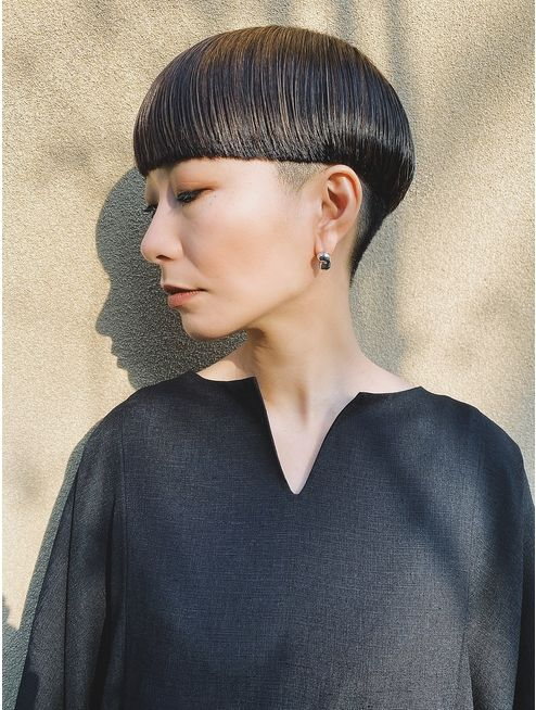 10 Fresh Looking Short Haircuts with Bangs for Older Women (Updated 2021) 787da1beb9a17add63eb7a69eb421d02
