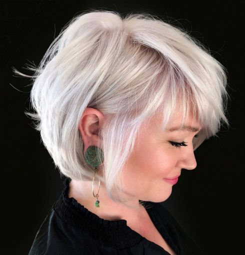 40 Professional Short Haircuts for Women Over 60 (Updated 2021) 7d45b33b396f043bf8879f9e9ba50200