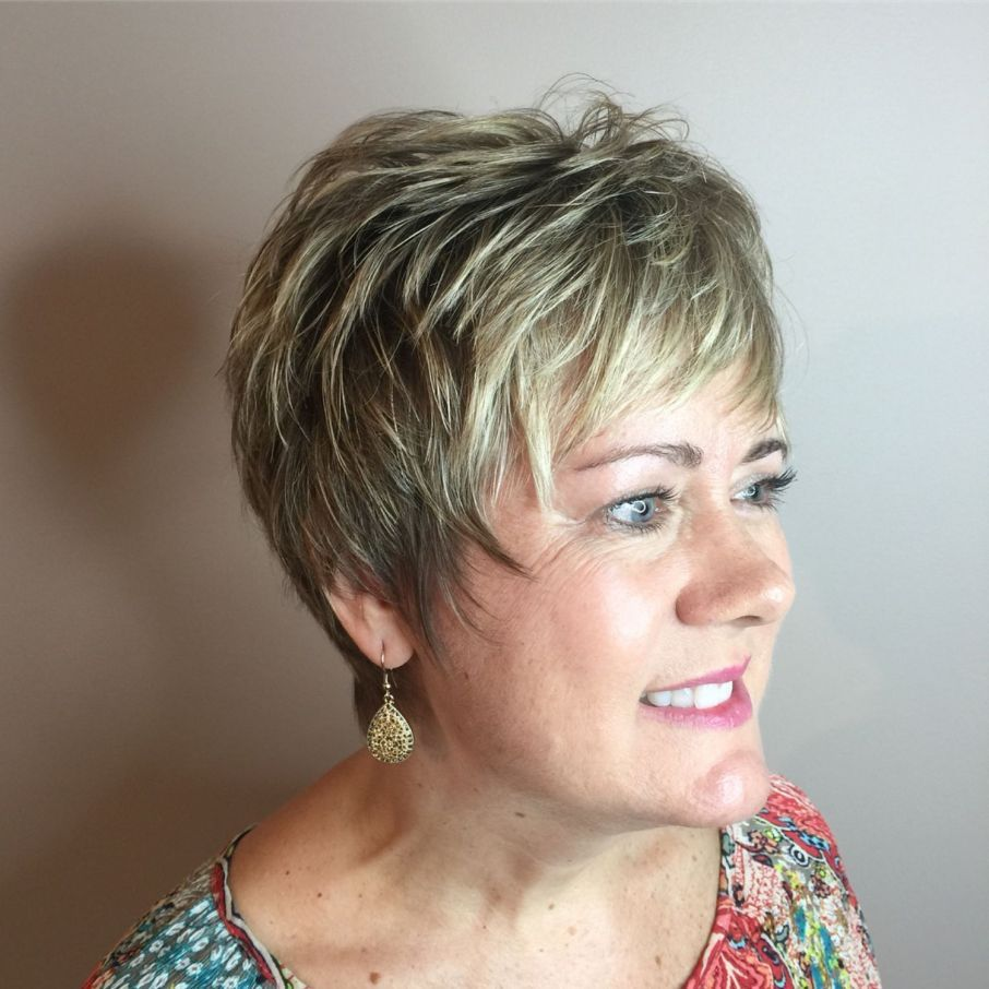 40 Pretty Short Hairstyles for Women Over 50 with Thin Hair (Update 2021) 85d941a01196d6bb83194f438c7febd5