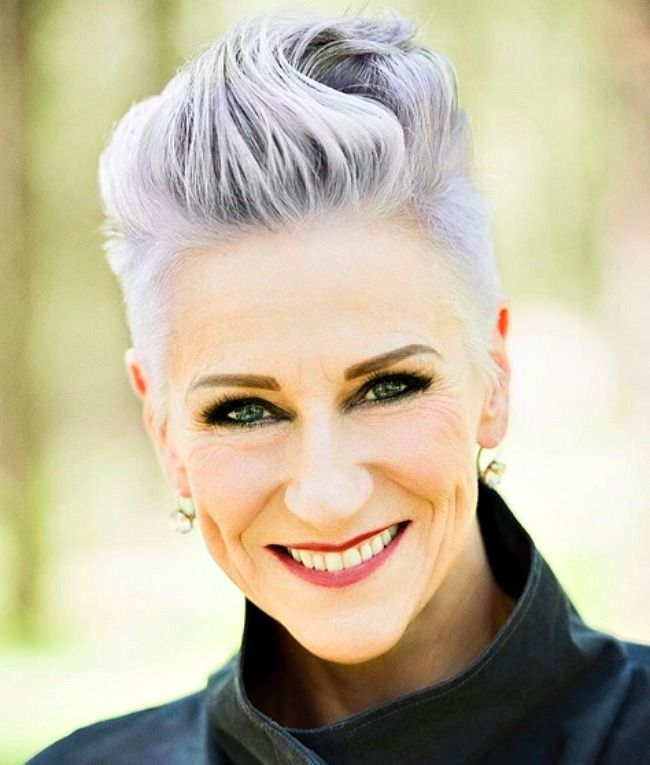 40 Professional Short Haircuts for Women Over 60 (Updated 2021) 918e98673abd3f29d957aa5c177c5f04