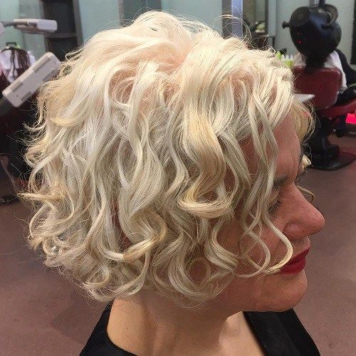 100 Short Haircut Styles for Over 60 Women in 2021 97be55b6a907aac7d4cbe35b78f00e25