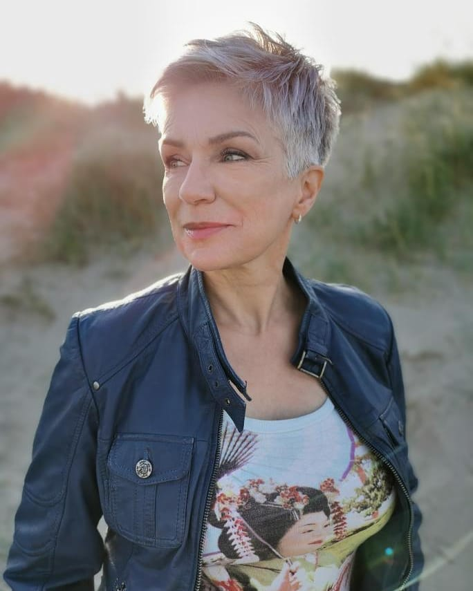 40 Professional Short Haircuts for Women Over 60 (Updated 2021) b185253fc45f15a89101dad2e3a944b3