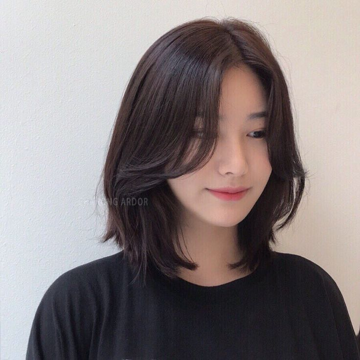 26 Gorgeous Short Hairstyles of Asian Women (Updated 2021) dc3a4c04e661b230c1c5083406a8eaa1