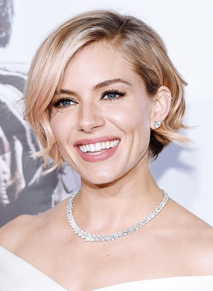 100 Short Haircut Styles for Over 60 Women in 2021 f8bc3a02f36d3302ada1043554aa6f10