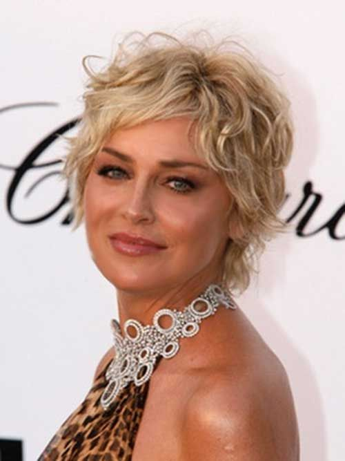 40 Professional Short Haircuts for Women Over 60 (Updated 2021) fd0b660c6a84ac87fc41f52f67a71320