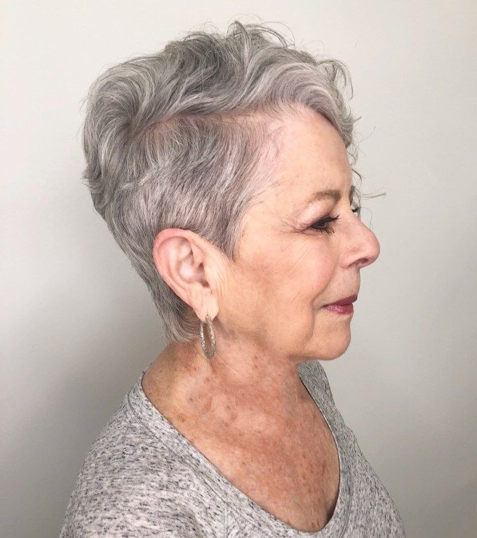 Trendy Short Haircut Styles for Women Over 50 (Updated 2021) 22f8ff4c5ce0cae5fb02bba2a35d95f5