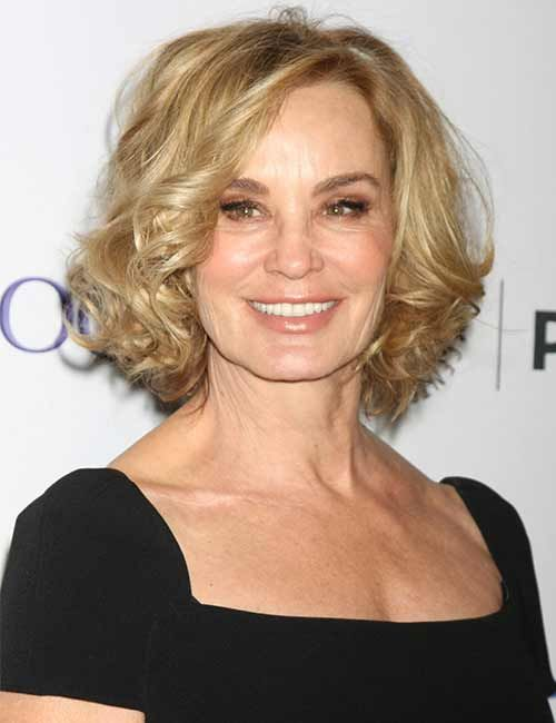Look Fresh with Short Layered Haircuts for Older Women (Updated 2021) 2ad1c251f8486690ce30d7b72442db53