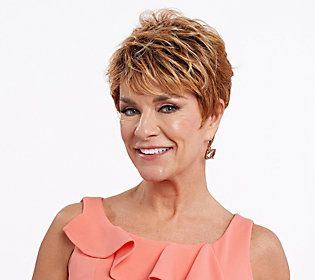 Inspiring Short Hairstyles for Older Women (Updated 2021) 3f1f3b8fda5dfd2939cfcd81d1231256