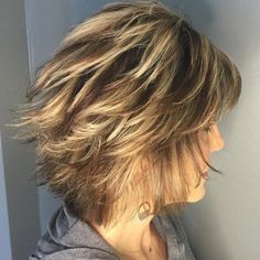 Looks Great in 60s with Cute Short Layered Haircuts (Updated 2021) 43154b116f661ed34431b61e694dd91c
