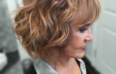 Inspiring Short Hairstyles for Older Women (Updated 2021)
