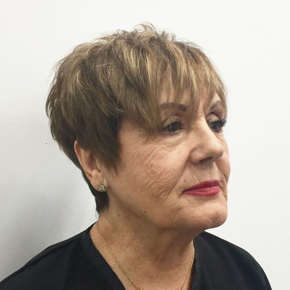 Trendy Short Haircut Styles for Women Over 50 (Updated 2021) be32bce3847a287c73bdedbcc7a23160
