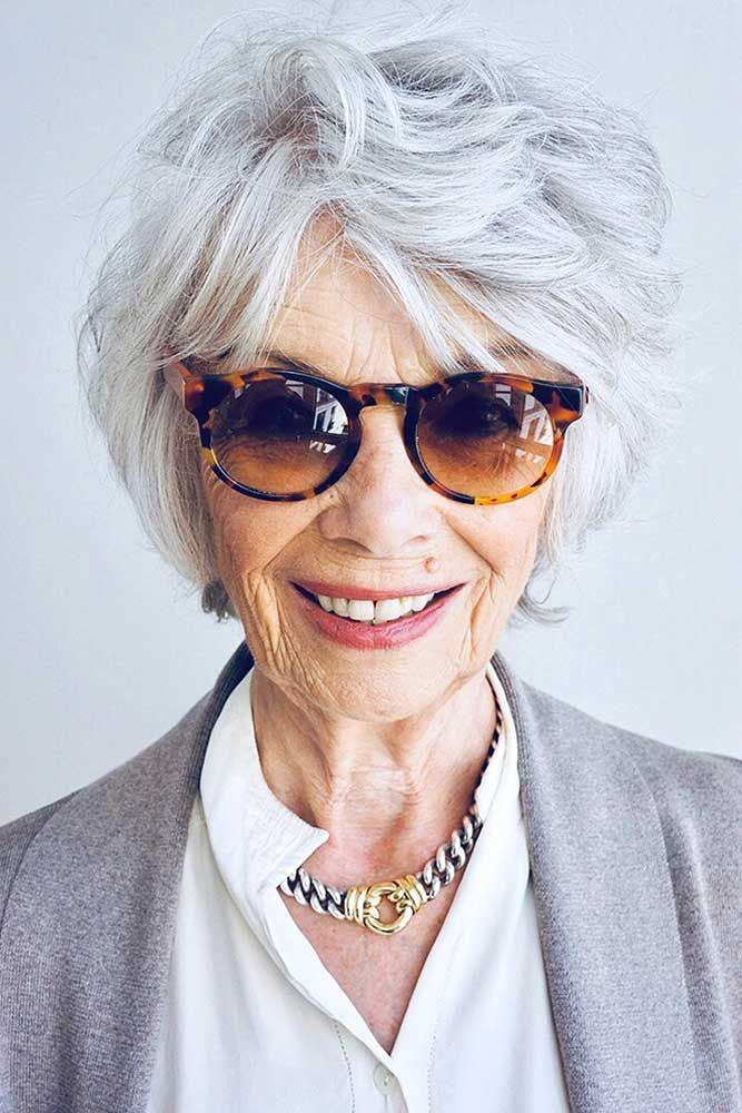 Look Fresh with Short Layered Haircuts for Older Women (Updated 2021)