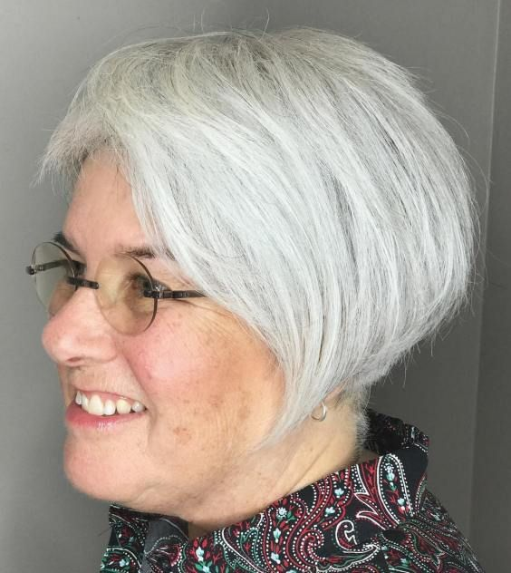 21 Short Hairstyles for Women with Grey Hair and Glasses (Updated 2021)