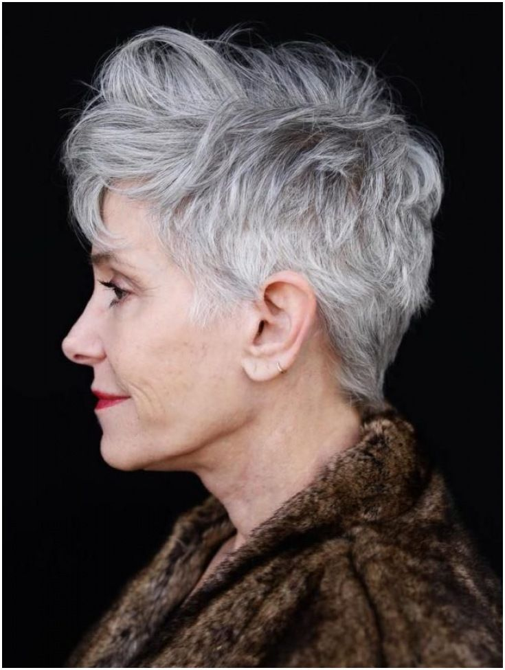 Trendy Short Haircut Styles for Women Over 50 (Updated 2021) e42e731f2aed6b6f12b316878625fb29