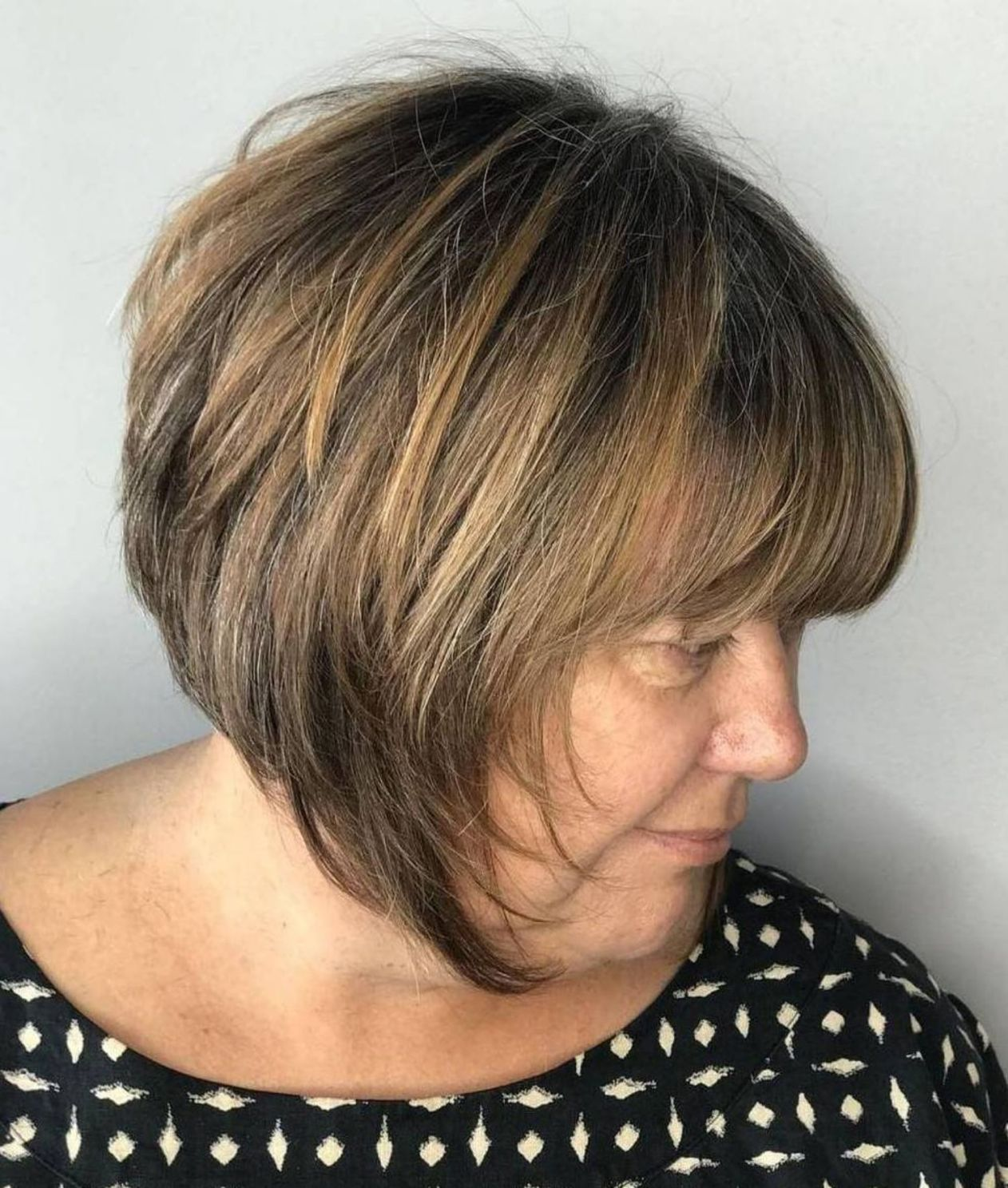 Inspiring Short Hairstyles for Older Women (Updated 2021) fdf70b6af6a7d90ffba29e04ea3bc9d1